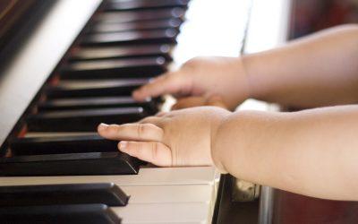 Música y estimulación temprana: ¿qué funciona y qué no?