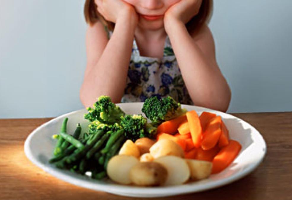 ¿Brócoli otra vez? Cómo conseguir que tus hijos coman más verduras